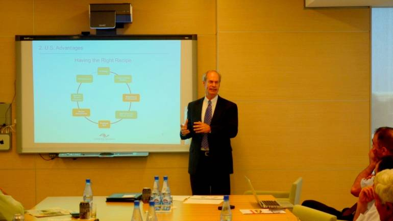 The CCEE at ADA University hosted a round-table discussion with R. Kirk Sherr, President of Clearview Strategy Group